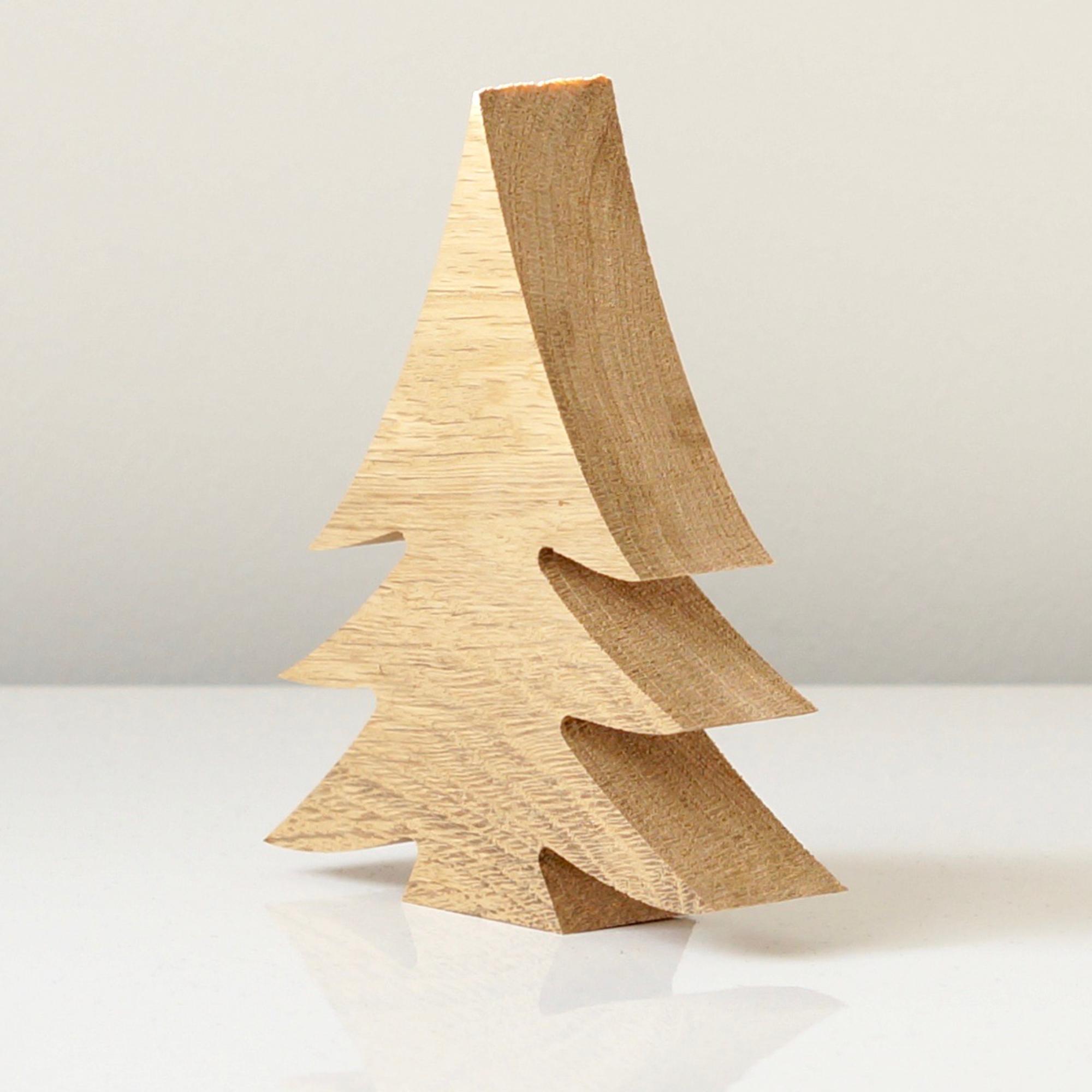 Holz Deko Weihnachten.Tannenbaum Aus Holz Eiche Zum Aufstellen In Unterschiedlichen Größen